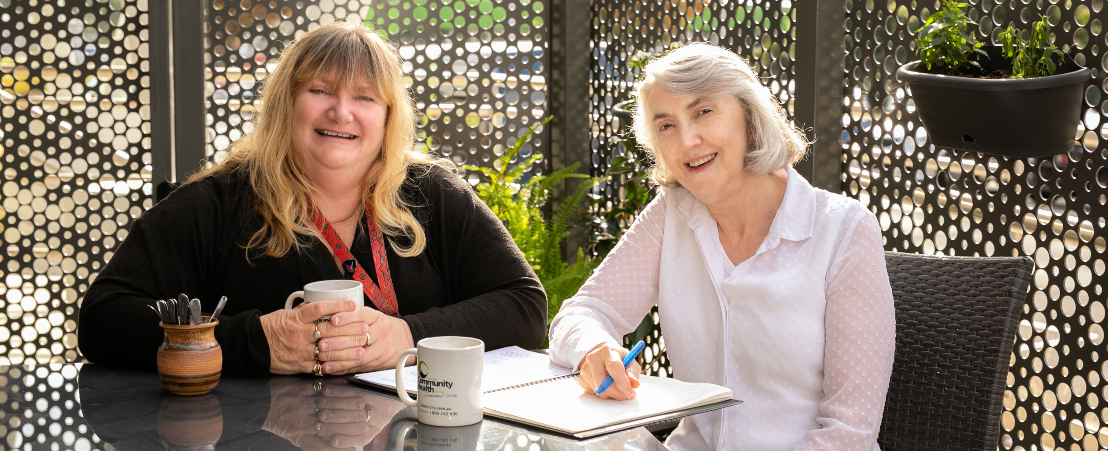 Sue Battle (left) and Sandra Luxford, photo: John Ansell